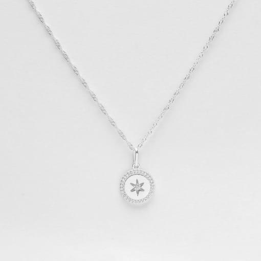 Pingente prata medalha com estrela vazada borda zircônia
