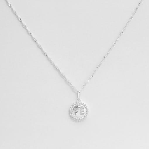 Pingente prata medalha fé vazado borda zircônia