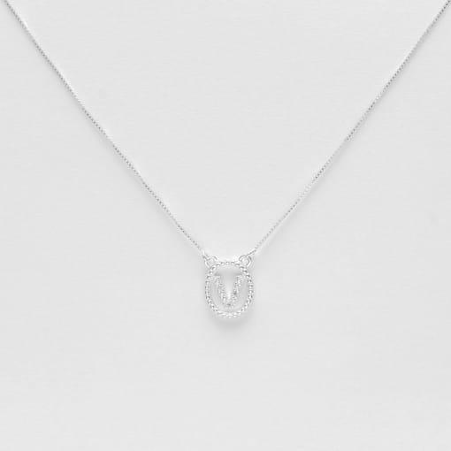 """Colar prata medalha oval letra """"V"""" com zircônias cristal"""