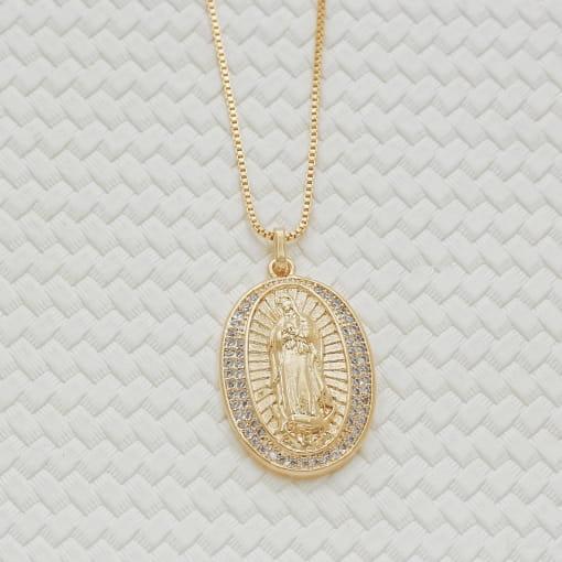 Colar folheado Nossa Senhora Guadalupe com borda zircônia