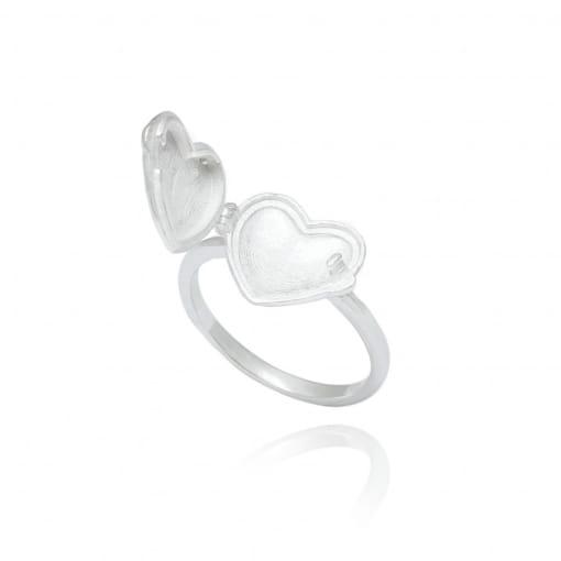 Anel prata coração liso relicário