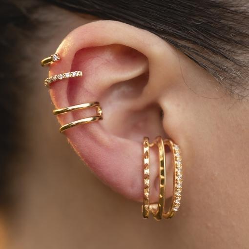 Brinco Ear Hook com Zircônias Brancas Folheado a Ouro