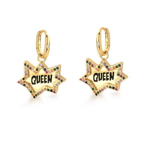 "Argola com Pingente Escrita ""Queen"" Colorido Banhada a Ouro"