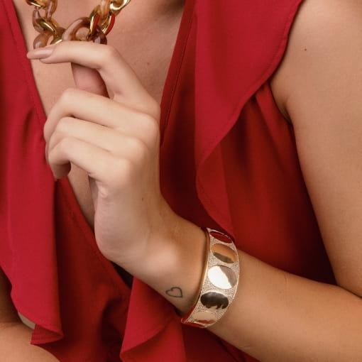 Bracelete Cravejado e Sete Partes Ovais Lisas Banhado a Ouro