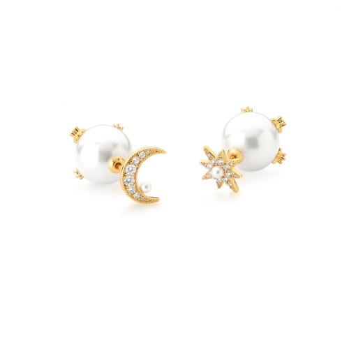 Brinco Assimétrico de Lua e Estrela com Pérola Banhado a Ouro