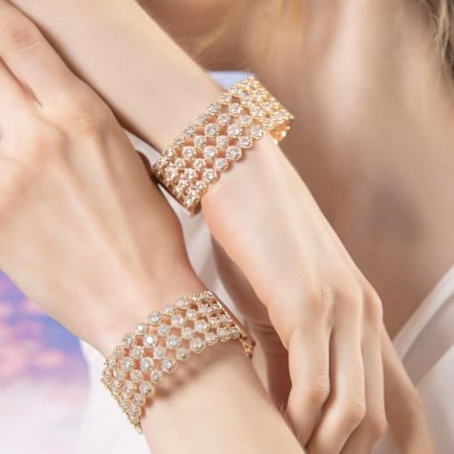 Bracelete Quatro Fileiras com Cristais Brancos Banhado a Ouro